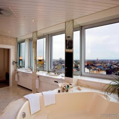 Отель Steigenberger Hotel Koln Германия, Кёльн - 1 отзыв об отеле, цены и фото номеров - забронировать отель Steigenberger Hotel Koln онлайн ванная