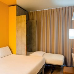 Отель ibis budget Luton Airport комната для гостей фото 5