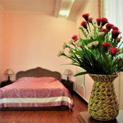 Отель Вилла Отель Бишкек Кыргызстан, Бишкек - отзывы, цены и фото номеров - забронировать отель Вилла Отель Бишкек онлайн удобства в номере фото 2