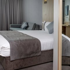 Отель Holiday Inn London - Luton Airport комната для гостей
