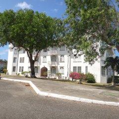Отель Seacastles Vacation Penthouse парковка