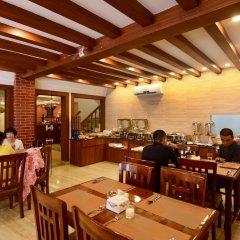 Отель Kumari Boutique Hotel Непал, Катманду - отзывы, цены и фото номеров - забронировать отель Kumari Boutique Hotel онлайн питание фото 3