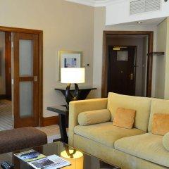 Sheraton Khalidiya Hotel комната для гостей фото 4