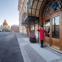 Lotte Hotel St. Petersburg вид на фасад