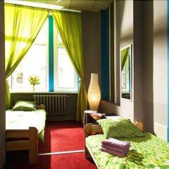 Отель Absynt Hostel Польша, Вроцлав - отзывы, цены и фото номеров - забронировать отель Absynt Hostel онлайн комната для гостей фото 2