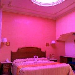 Отель Santiago De Compostela Мексика, Гвадалахара - 1 отзыв об отеле, цены и фото номеров - забронировать отель Santiago De Compostela онлайн бассейн фото 3