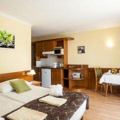 Отель Holiday Club Apartman Hotel Венгрия, Хевиз - отзывы, цены и фото номеров - забронировать отель Holiday Club Apartman Hotel онлайн комната для гостей фото 3