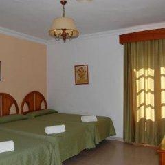 Отель Antonio Conil Испания, Кониль-де-ла-Фронтера - отзывы, цены и фото номеров - забронировать отель Antonio Conil онлайн комната для гостей фото 3