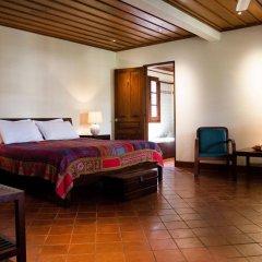 Отель Villa Maydou Boutique Hotel Лаос, Луангпхабанг - отзывы, цены и фото номеров - забронировать отель Villa Maydou Boutique Hotel онлайн комната для гостей фото 4