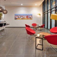 Отель Holiday Inn Express Panama гостиничный бар