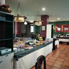 Отель Suite Aparthotel El Refugio de Aran Vielha питание