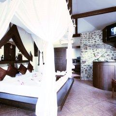 Отель Boomerang Village Resort Таиланд, Пхукет - 8 отзывов об отеле, цены и фото номеров - забронировать отель Boomerang Village Resort онлайн удобства в номере фото 2