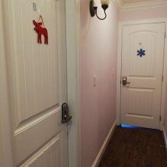 Отель Vancouver Home Inn by Elevate Rooms Канада, Бурнаби - отзывы, цены и фото номеров - забронировать отель Vancouver Home Inn by Elevate Rooms онлайн интерьер отеля фото 3