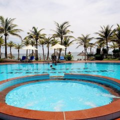 Отель Agribank Hoi An Beach Resort бассейн