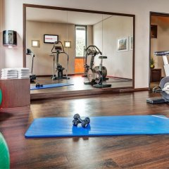 Отель Intercityhotel Berlin-Brandenburg Airport фитнесс-зал фото 2