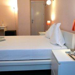 Отель Hostal Pizarro удобства в номере