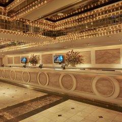 Отель Four Queens Hotel and Casino США, Лас-Вегас - отзывы, цены и фото номеров - забронировать отель Four Queens Hotel and Casino онлайн интерьер отеля фото 2