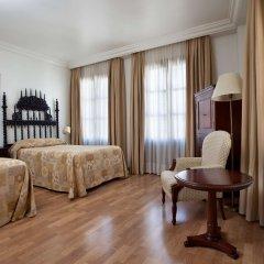 Hesperia Granada Hotel комната для гостей фото 5