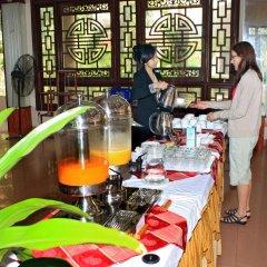 Отель Bach Dang Hoi An Hotel Вьетнам, Хойан - отзывы, цены и фото номеров - забронировать отель Bach Dang Hoi An Hotel онлайн питание фото 3
