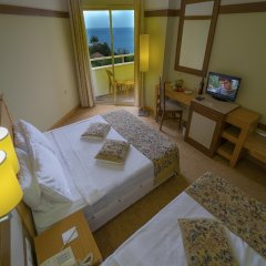 Отель Armas Gul Beach - All Inclusive комната для гостей