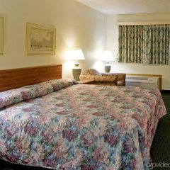 Отель Americas Best Value Inn Columbus West комната для гостей фото 5