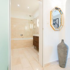 Апартаменты Vienna Residence Spacious Viennese Apartment for up to 5 Happy Guests Вена сауна