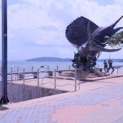 Отель Mandawee Resort & Spa пляж