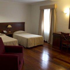 Отель Gaivota Понта-Делгада сейф в номере