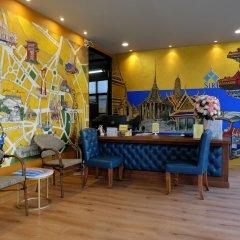 Отель The Warehouse Бангкок фитнесс-зал