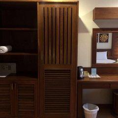 Отель Bel Aire Patong сейф в номере