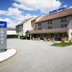 Hotel Kyriad Lyon Est - Saint Bonnet de Mure парковка