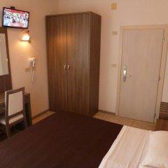 Отель Edelweiss Италия, Риччоне - отзывы, цены и фото номеров - забронировать отель Edelweiss онлайн удобства в номере