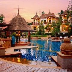 Отель Crown Lanta Resort & Spa Ланта бассейн