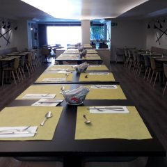 Отель Aparthotel Atenea Calabria Испания, Барселона - 12 отзывов об отеле, цены и фото номеров - забронировать отель Aparthotel Atenea Calabria онлайн питание фото 3