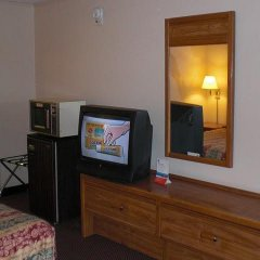 Отель Knights Inn Downtown West Колумбус удобства в номере фото 2