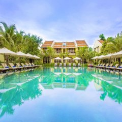 Отель Hoi An Silk Village Resort & Spa бассейн