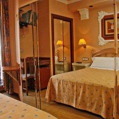 Отель Hostal Victoria III комната для гостей фото 4