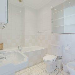 Отель Regency Shores - Sea View Apt Великобритания, Кемптаун - отзывы, цены и фото номеров - забронировать отель Regency Shores - Sea View Apt онлайн ванная