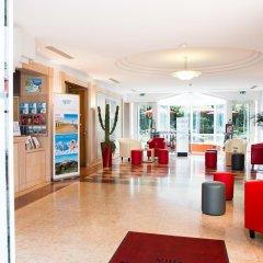 Отель Hôtel Vacances Bleues Villa Modigliani интерьер отеля