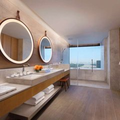Отель Andaz Singapore - a concept by Hyatt ванная фото 2