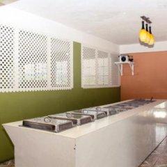 Отель Norman's Court Resort & Sky Restaurant Club Ямайка, Монтего-Бей - отзывы, цены и фото номеров - забронировать отель Norman's Court Resort & Sky Restaurant Club онлайн интерьер отеля фото 3