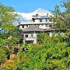 Отель Trekkers Inn Непал, Покхара - отзывы, цены и фото номеров - забронировать отель Trekkers Inn онлайн приотельная территория