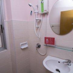Отель ZEN Rooms Mahachai Khao San Бангкок ванная фото 2