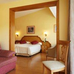 Отель Grupotel Molins сейф в номере