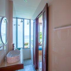 Отель Surin Beach Resort балкон