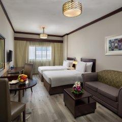 Апартаменты Savoy Crest Apartments Дубай комната для гостей