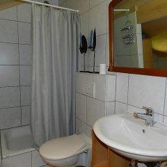 Отель Im Wiesengrund Швейцария, Гштад - отзывы, цены и фото номеров - забронировать отель Im Wiesengrund онлайн ванная