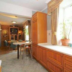 Апартаменты Lakshmi Apartment Universitet гостиничный бар