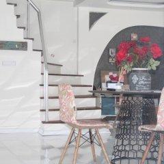 Lila Boutique Hotel Турция, Дикили - отзывы, цены и фото номеров - забронировать отель Lila Boutique Hotel онлайн гостиничный бар