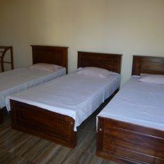 Отель Palugaha Pilgrim Resort сейф в номере